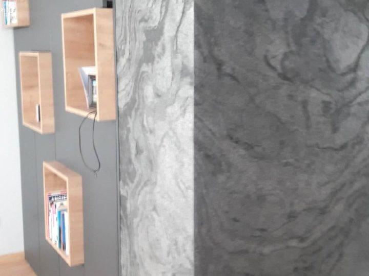 Instalacja ze ściany łupkowej